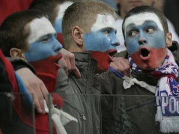 Сборная России по футболу переоделась в красный цвет