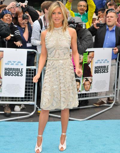 """Дженнифер Энистон (Jennifer Aniston) на премьере фильма """"Несносные боссы"""" в Лондоне"""
