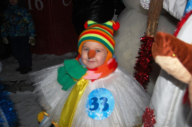 Фотоотчет: флеш-моб снеговиков в Оренбурге