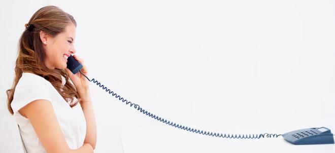 Бытует мнение, что когда человек во время телефонной беседы стоит, то это прибавляет ему уверенности.