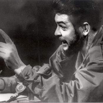 А также материалы о жизни Че Гевары после смерти – в картинах, плакатах, музыкальных произведениях и кинофильмах.