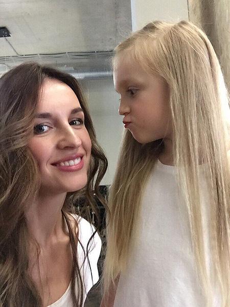 Людмила Зальцман с дочкой, фото