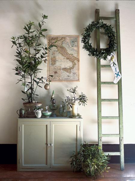 Оливковый цвет в интерьере