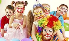 Новогодний карнавал: парад костюмов от барнаульских малышей
