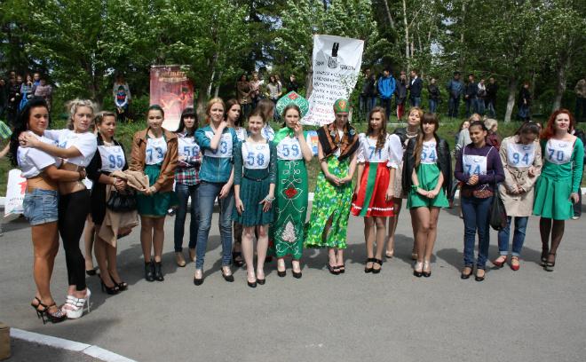 Омск, забег на шпильках 2015