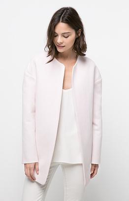 Пальто с заниженным кроем плеча