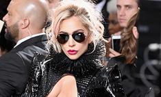 Леди Гага сверкнула голой грудью на «Грэмми»