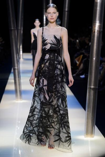 На Неделе высокой моды в Париже прошел юбилейный показ Giorgio Armani Prive | галерея [2] фото [19]