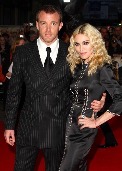 Мадонна и Гай Ричи «поделили» ребенка в суде