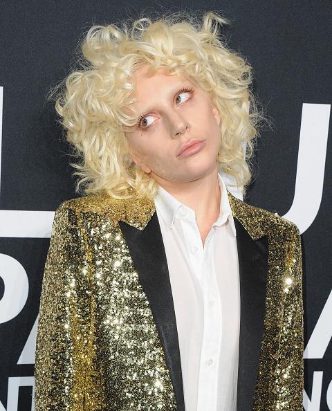 «Грэмми-2016»: Леди Гага сделала тату в честь Боуи