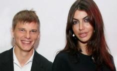 Невеста Аршавина не поехала за ним в Краснодар