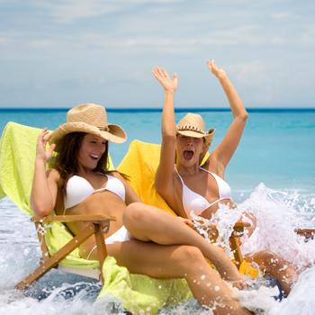 Принятие солнечных ванн в морских брызгах – не самое безобидное занятие. Оно может привести к женским проблемам: обострению или развитию цистита.