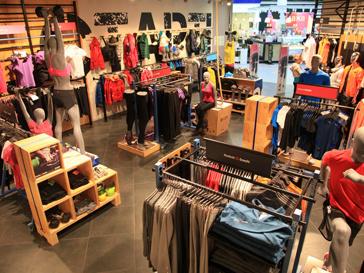"""В магазине Reebok в """"Мега Теплый стан"""" каждый покупатель сможет ощутить себя клиентом фитнес-центра"""