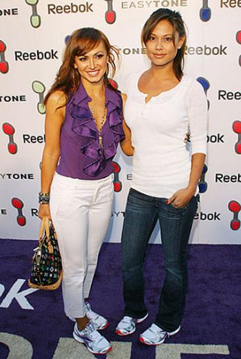 Ванесса Миннилло с подругой