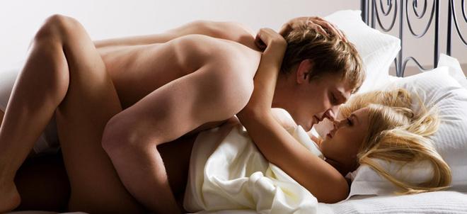 Если ваш мужчина не так опытен в сексе, как вы, это еще не повод расстраиваться