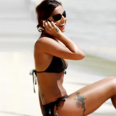 Шерил Коул: зачем было портить такие красивые ноги тату-терновником?
