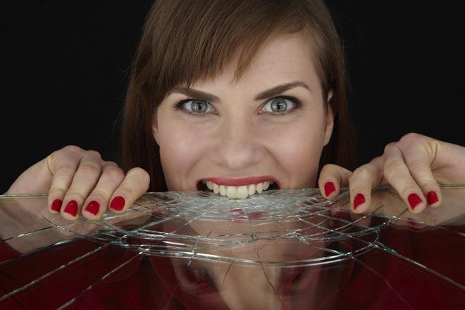 что делать если проглотил кусочек стекла