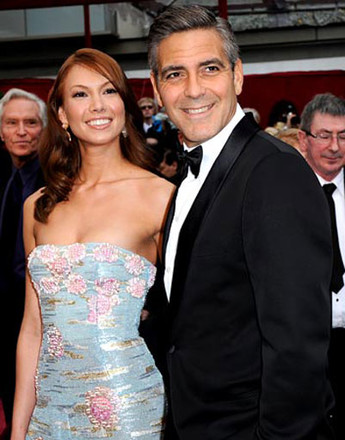 Джордж Клуни (George Clooney) и Сара Ларсон (Sarah Larson)