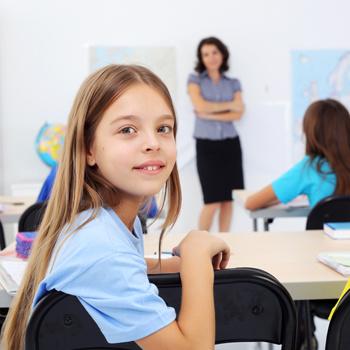 Школа иностранных языков EF English First празднует свой 15-ый день рождения в России