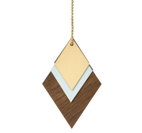 Елочное украшение Wooden Jewellery, Ferm Living, www.fermliving.com