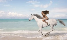 Лихие всадницы: 12 красавиц-амазонок на конях