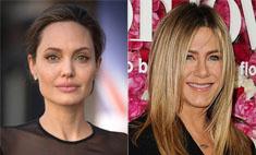 Новый поворот: Джоли просит Энистон помочь в разводе с Питтом