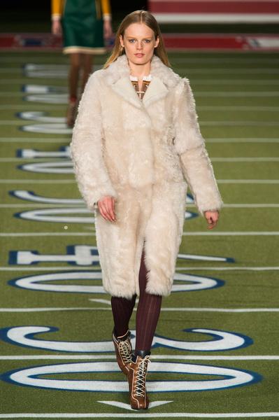 Показ Tommy Hilfiger на Неделе моды в Нью-Йорке | галерея [2] фото [20]