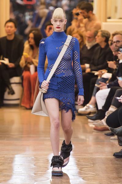 Неделя моды в Париже: день пятый   галерея [3] фото [3]