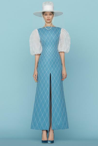Ульяна Сергеенко представила новую коллекцию на Неделе высокой моды в Париже | галерея [1] фото [14]