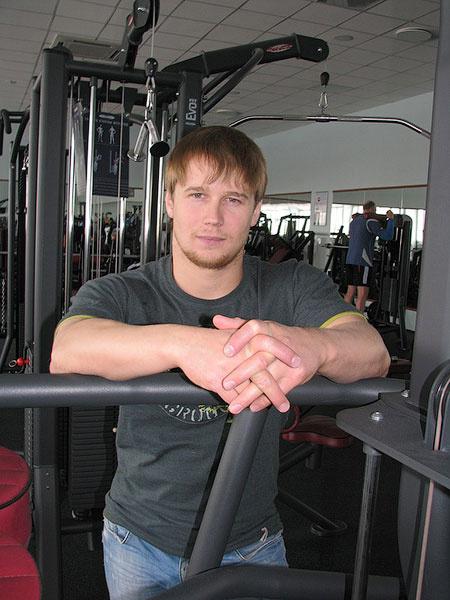Омск, фитнес-тренеры Омска, фитнес-клубы Омска, Антон Лопарев