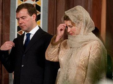 Президент России вместе с женой в храме Христа Спасителя