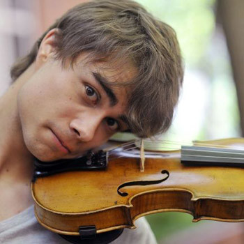 Александр Рыбак даст первые большие концерты в России – в клубах «Б1 Maximum» и «ГлавCLUB».