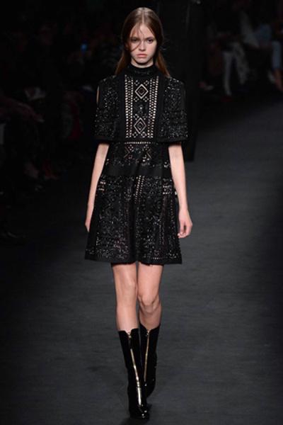 Неделя моды в Париже: показ Valentino ready-to-wear осень — зима 2015-2016 | галерея [1] фото [44]