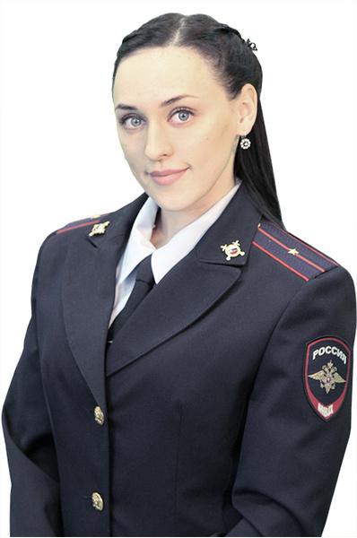Девушки в форме: ростовские красавицы