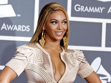 Бейонсе (Beyonce Knowles) сместила с 1 места Леди ГаГа