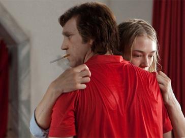 """Актер, исполнивший главную роль в фильме """"Высоцкий. Спасибо, что живой"""", до сих пор не разоблачил своего имени."""