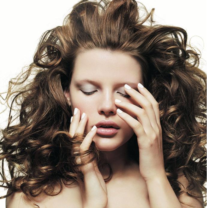Главные ошибки в макияже, которые добавят вам возраста