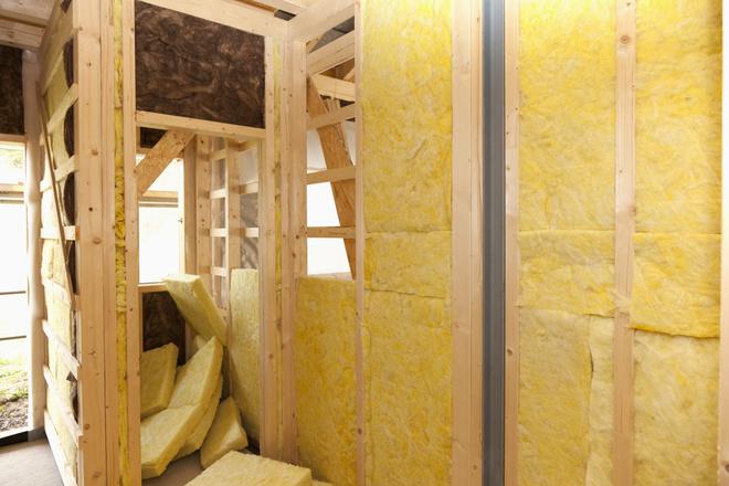 Как утеплить угловую комнату: выбор материала