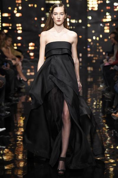 Лучшие показы Недели моды в Нью-Йорке: 16 февраля | галерея [1] фото [1]