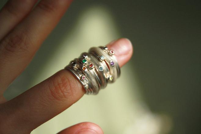 Кольца, около 4000 р. каждое