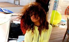 Рианна устроила девичник на яхте. Фото