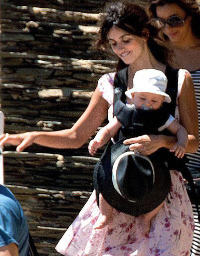 Пенелопа Крус (Penelope Cruz) с сыном
