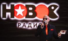 Нюша предстала в образе байкера на премии «Нового радио»