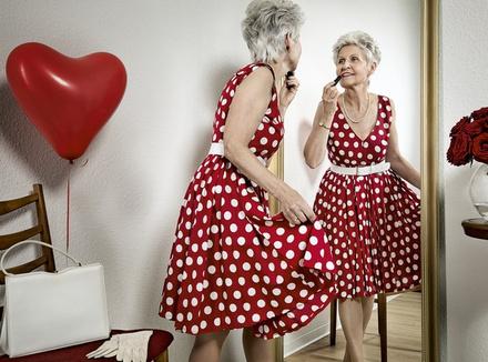 Совсем как девочка: почему наши матери так боятся старости