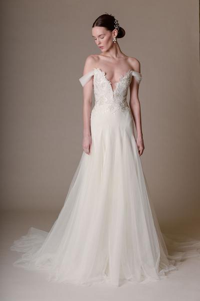 50 самых красивых платьев со Свадебной Недели Моды в Нью-Йорке | галерея [1] фото [25]