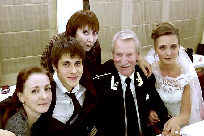 Супруга актера Ивана Краско прокомментировала слухи о беременности: фото, подробности