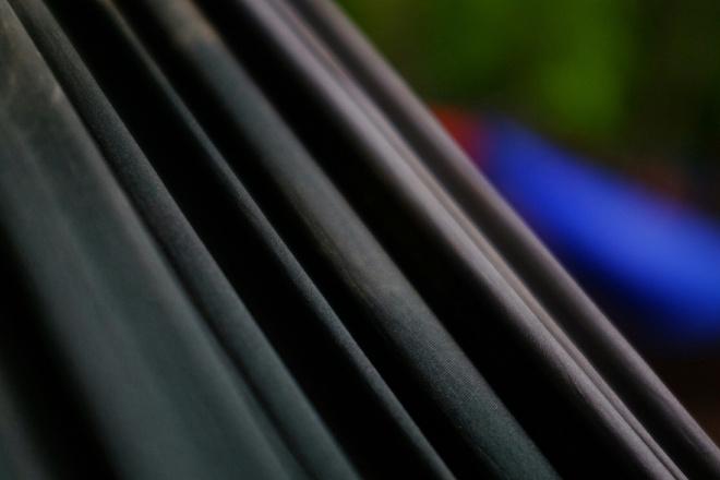 как покрасить черную ткань