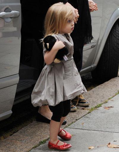 Дочь Анджелины Джоли (Angelina Jolie) и Брэда Питта (Brad Pitt) - Вивьен (Vivienne Jolie-Pitt)