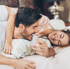 Почему болтливые люди чаще занимаются любовью