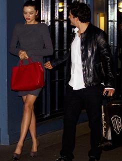 Миранда Керр (Miranda Kerr) и Орландо Блум (Orlando Bloom) любят ходить на вечеринки